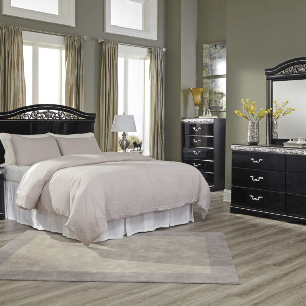 Traditional Classics Black Bedroom Group